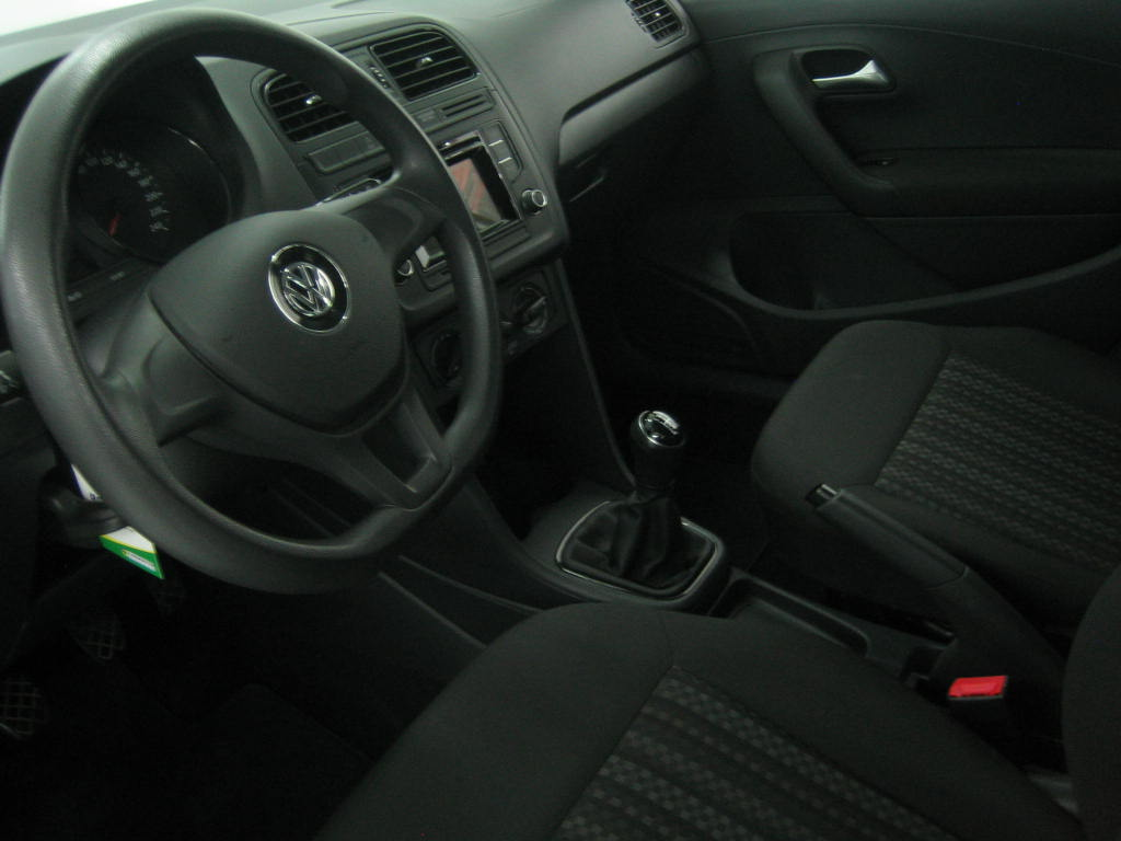VOLKSWAGEN POLO 1.0-EDITION_5
