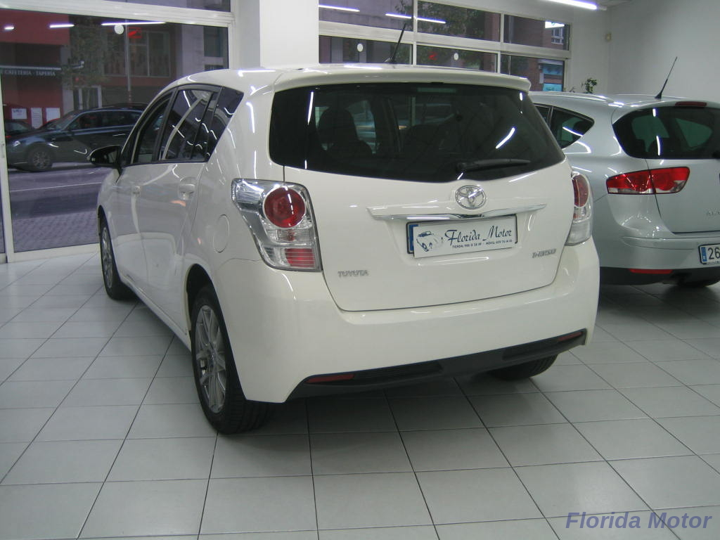 TOYOTA VERSO 1.6---ADVANCE- 7 PLAZAS_3